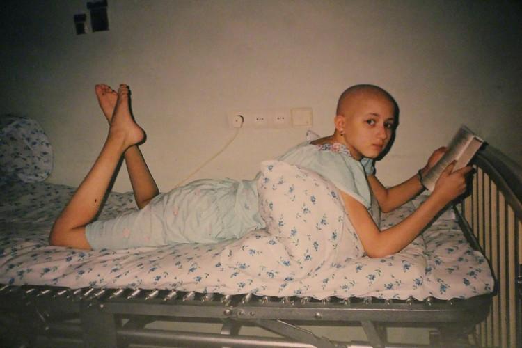 Маше 13 лет, вначале ей пришлось пройти курс гормональной терапии. Фото: Из семейного архива