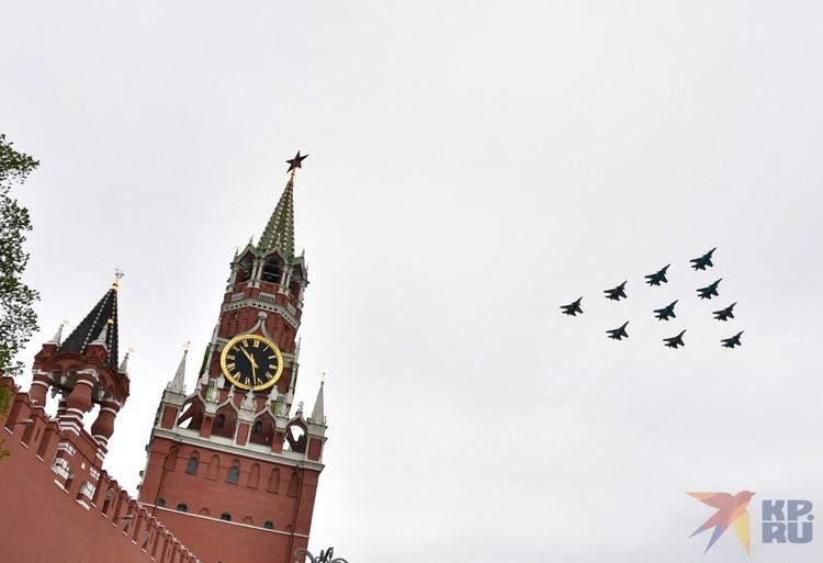 Самолеты Су-30СМ, Су-34 и Су-35С