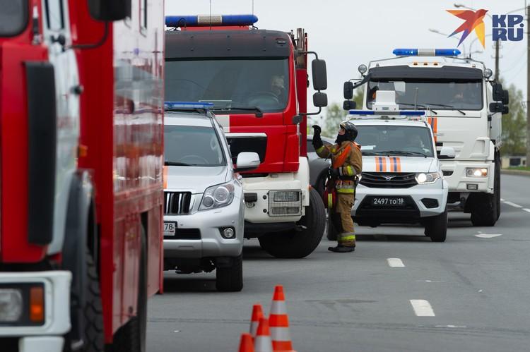 150 человек врачи и пожарные успели эвакуировать
