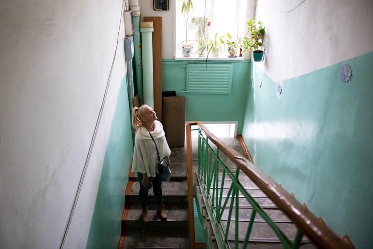 Жильцы следят за зданием и поддерживают чистоту и уют в подъезде