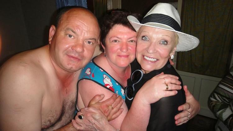 Светличная с родителями Шаляпина, с его отчимом и мамой.