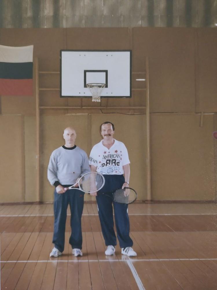 Теннис был одним из его любимых видов спорта. Фото: предоставлено Галиной Манаковой