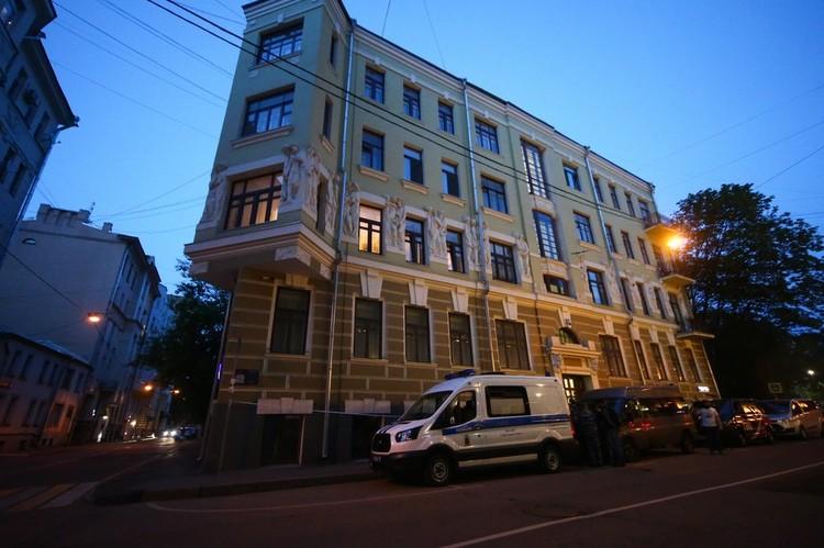 Доходный дом Бройдо, в котором актер Михаил Ефремов находится под домашним арестом.