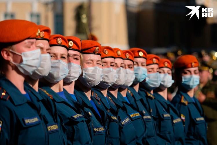 24 июня в Параде на Дворцовой будут задействованы 4 500 военнослужащих.