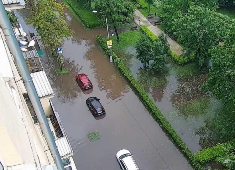 Вот такая обстановка на улицах в Хамовниках. Фото: ЦОДД