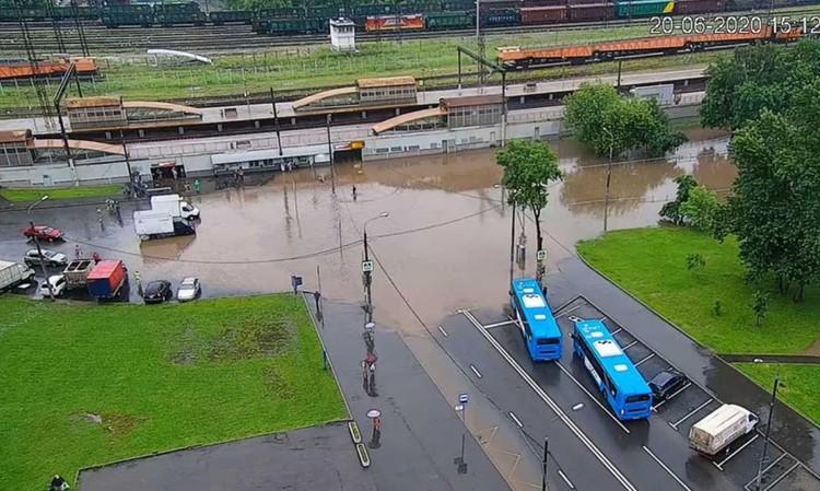Возле железнодорожной станции Бирюлюво Товарная. Фото: ЦОДД