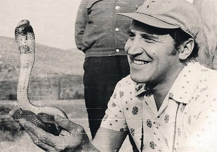 «В мире животных» - одна из самых долгих программ нашего ТВ, ее ведущий Николай Дроздов (снимок 1977 года).