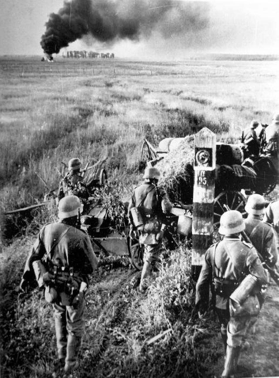 Германские войска вторгаются на территорию СССР, 22 июня 1941 года. Фото: wikimedia.org