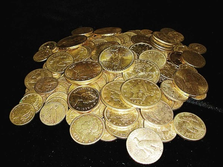7. 265 золотых монет - в основном американские орлы и двойные орлы, несколько монет из Средней Азии, датированные XIII веком нашей эры.