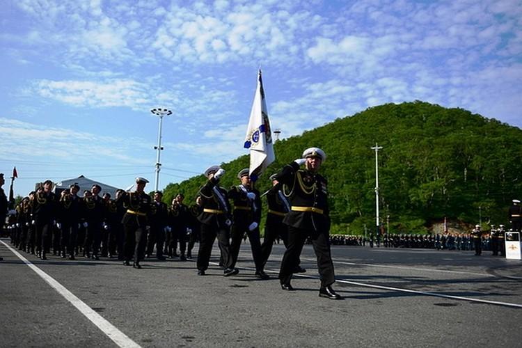 Парад в честь 75-летия Победы на Камчатке. Фото: пресс-служба Тихоокеанского флота