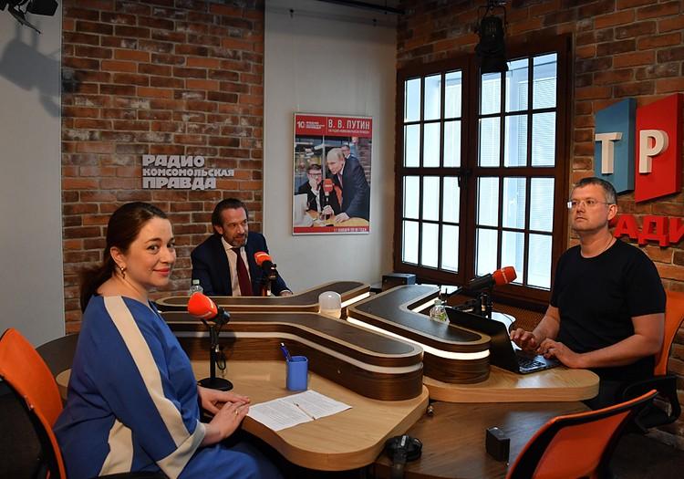 Художественный руководитель «Табакерки» пришел в программу «Вечерний Мардан» на Радио «Комсомольская правда»
