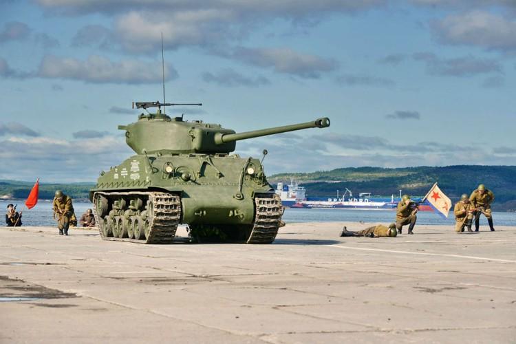 Военнослужащие Северного флота провели огромную работу: сейчас американский танк на ходу и может стрелять.