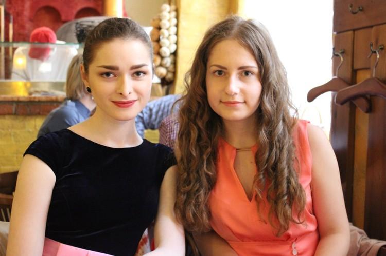 Анастасия (слева) поругалась с Соколовым