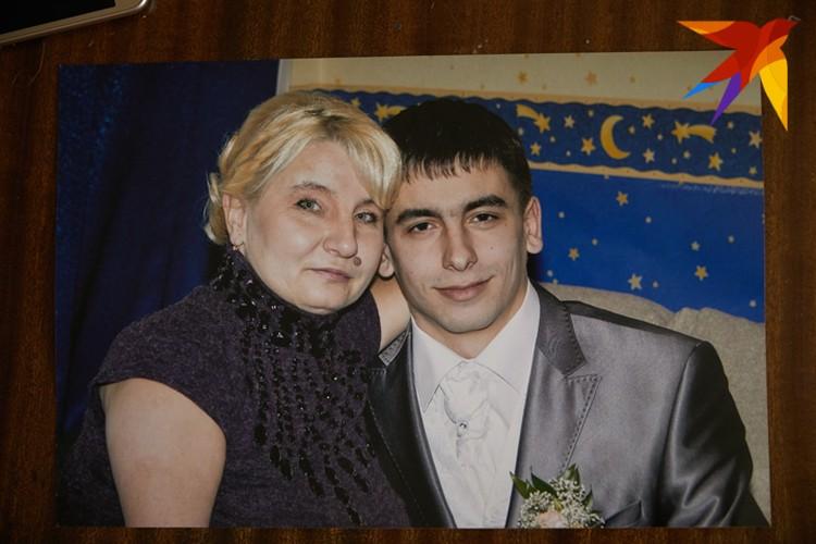 """Елена Константиновна признается: """"Главной движущей силой в моей жизни всегда был сын""""."""