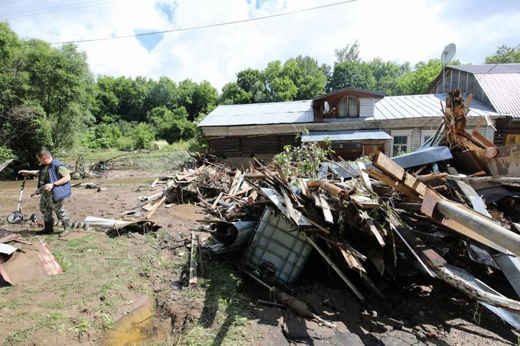 Руза после наводнения выглядит апокалиптично.