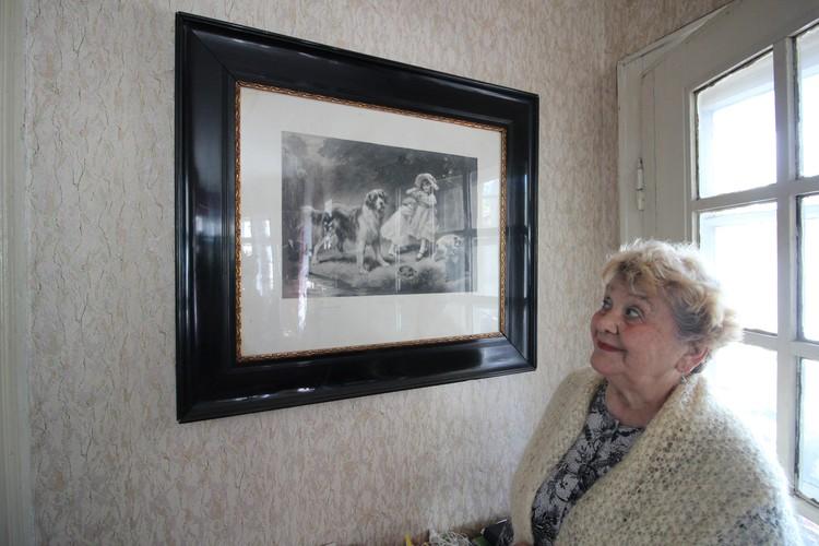 Картина, привезенная родителями с охоты из Заповедного, до сих пор висит в доме Эльвиры Борисовны.