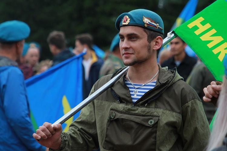 День ВДВ в Иркутске 2020: голубые береты собрались все вместе