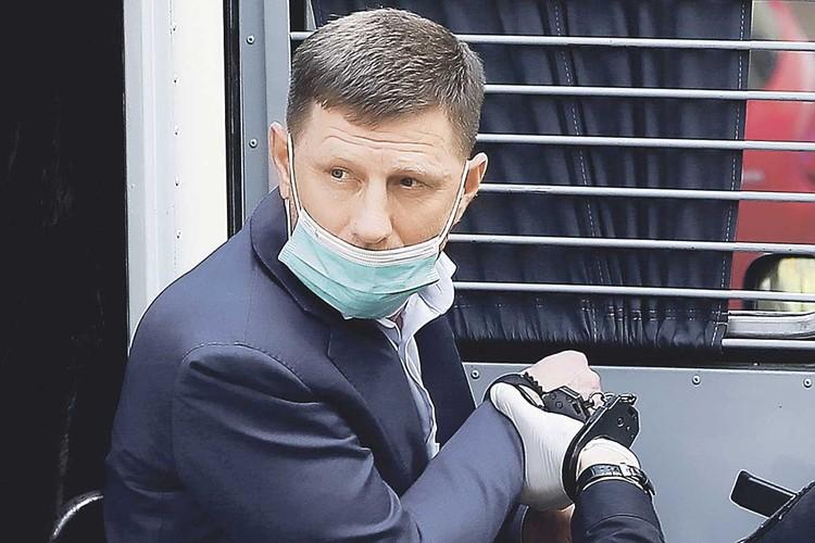 Фургала обвиняют в убийстве и связях с криминалом. Фото: Антон НОВОДЕРЕЖКИН/ТАСС