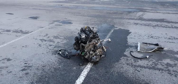 У машины вырвало двигатель. Фото: отдел пропаганды ГИБДД по Екатеринбургу