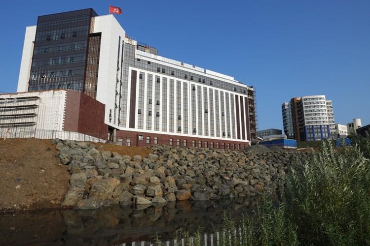 Здание суда практически достроено. ФОТО: пресс-служба АПК.