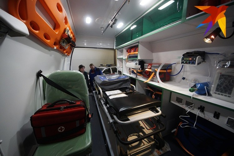Следователи пытаются установить, что произошло в карете скорой помощи в момент транспортировки Евы
