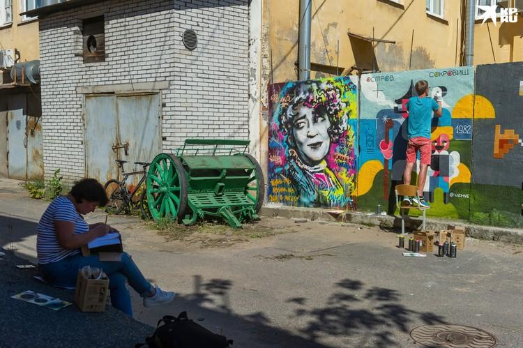 Уличные художники оформили новое пространство Kino Corner.