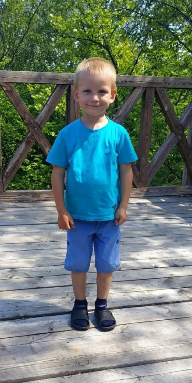 В июле мальчик с мамой отдыхал в санатории, когда ему резко стало плохо