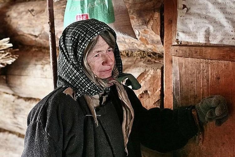 Агафья Лыкова ждала гостей. ФОТО: ГУ МЧС России по республике Хакасия.