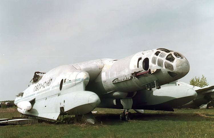 ВВА-14, Центральный музей ВВС, Монино, 1998.