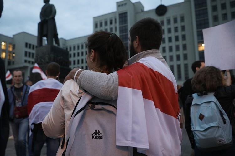 Для многих белорусов этот флаг - символ независимости.
