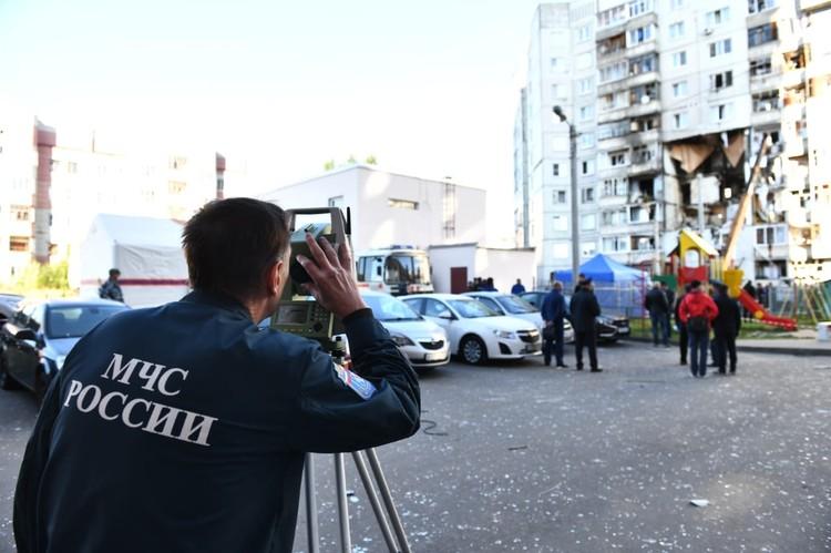 Число жертв взрыва газа в жилом доме Ярославля увеличилось до трех. Фото: ГУ МЧС России по Ярославской области
