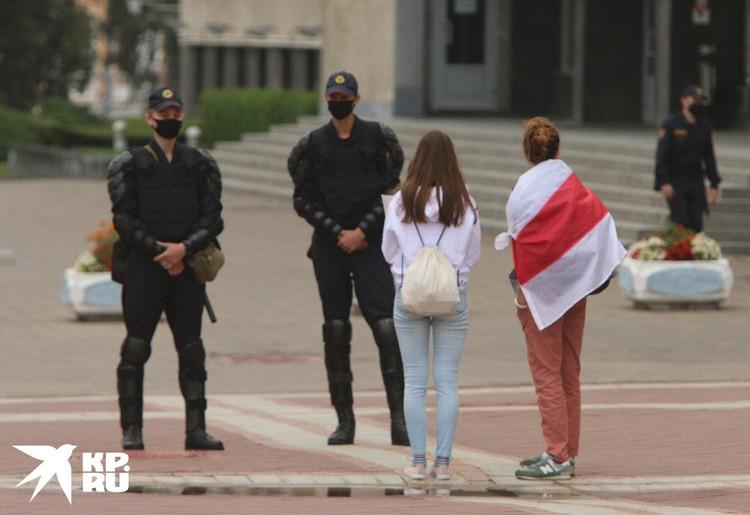 Протест в Минске дробят на части