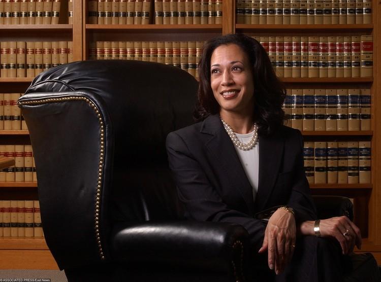 Прокурор Камала Харрис, 2004 год.