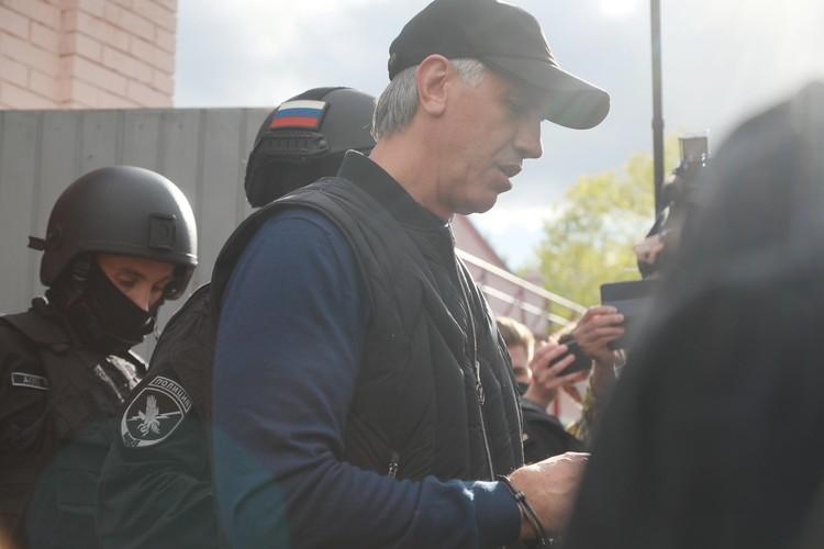 Следственный комитет завел еще одно уголовное дело против Анатолия Быкова.