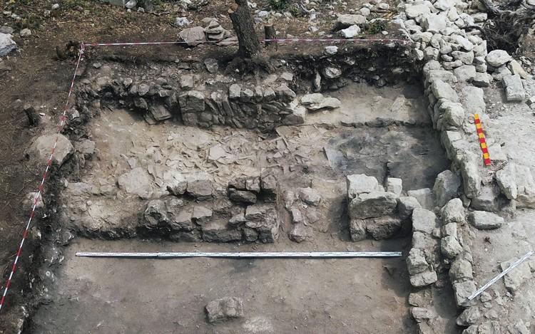 По словам археолога, новые данные изменяют представления о культурном объекте. Фото: пресс-служба КФУ