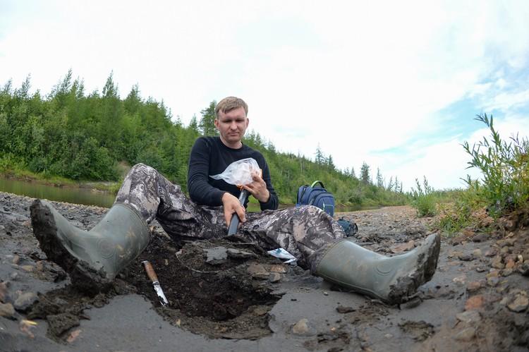 Копать на севере непросто – местность каменистая. Но именно по грунту можно понять, есть ли на территории загрязнение