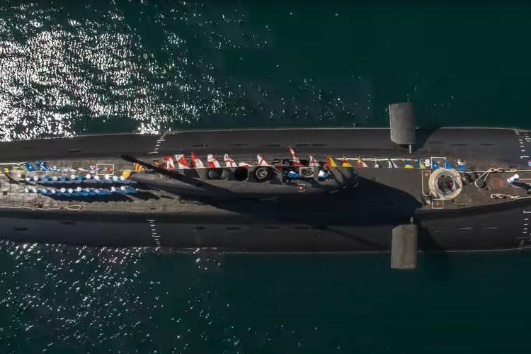 В съемках фильма участвовал Черноморский флот