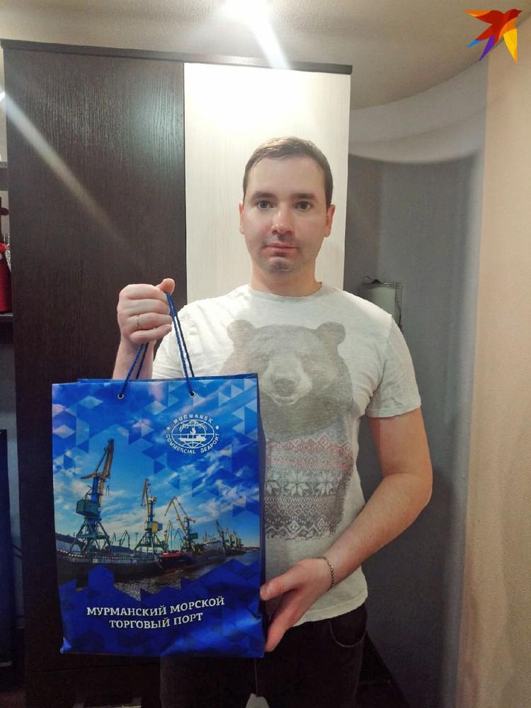 Третье место занял Кирилл Игнатов. За него подарок получил двоюродный брат Владислав Соколов.