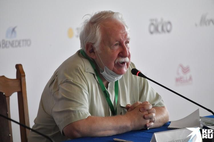 Главным героем церемонии открытия стал 80-летний Андрей Хржановский
