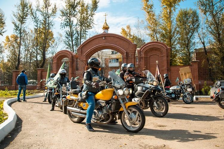 Крестный ход на мотоциклах. Сентябрь 2020. Фото: Ксения ОСАДЧАЯ