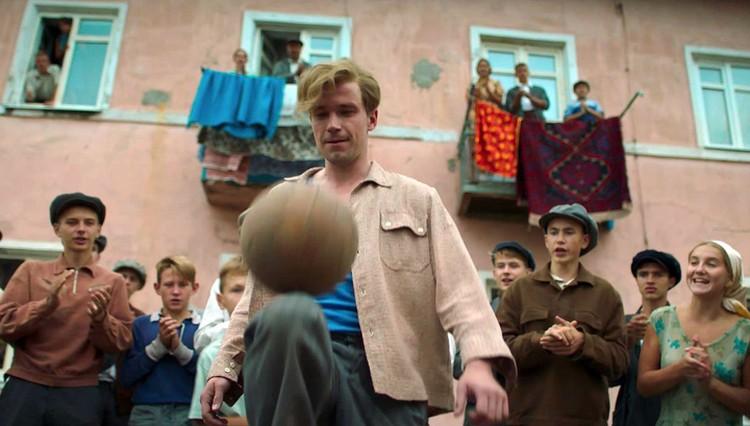 Фильм про Стрельцова обязательно нужно было делать с любовью. К футболу, к истории, к 60-м.