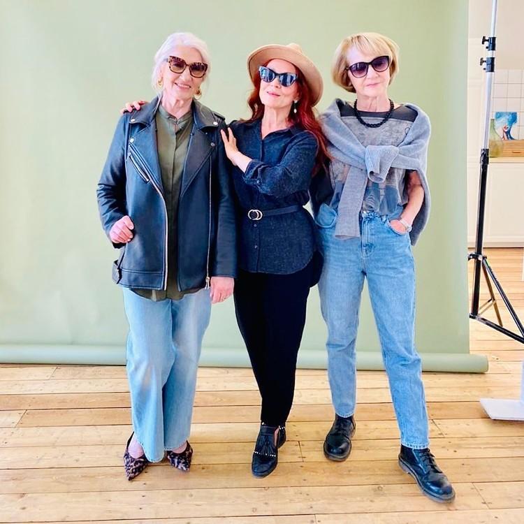 Новосибирские пенсионерки стали моделями в 70-лет — иначе очень трудно найти мужа. Фото: предоставлены Раисой Григорьевой