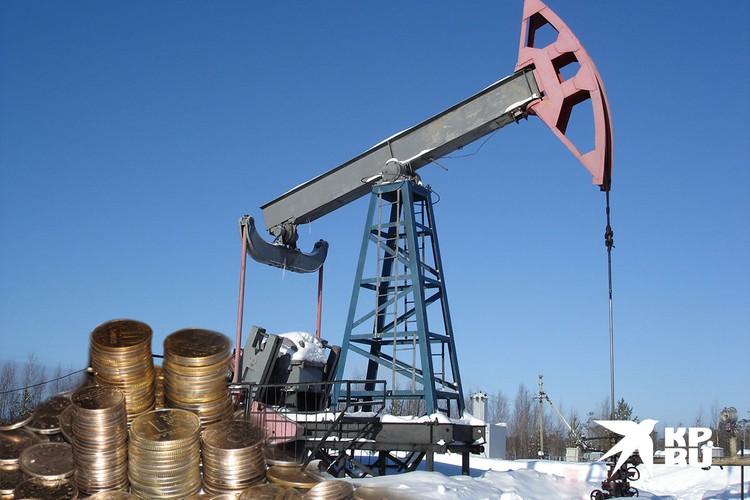 Рубль зависит от цены на нефть.