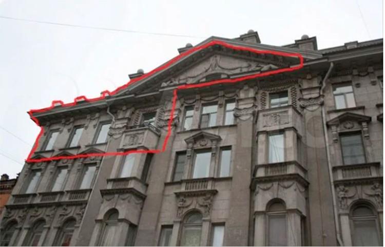 Историческая мансарда - изюминка этой квартиры. Фото: Авито