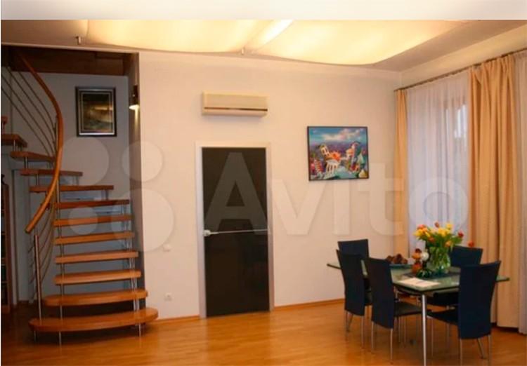 Общая площадь квартиру - чуть больше 200 кв.м. Фото: Авито