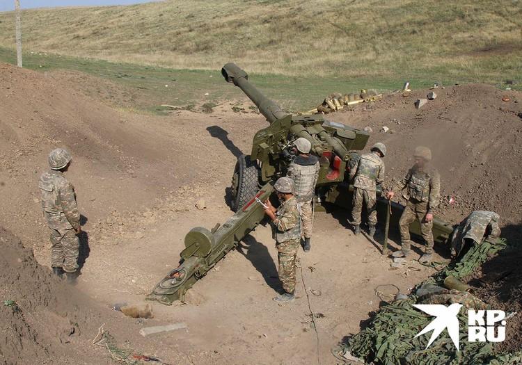 Позиции карабахской артиллерии под Мартакертом.