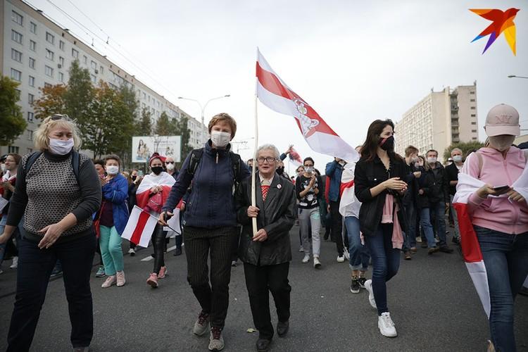 На марше была знаменитая Нина Багинская