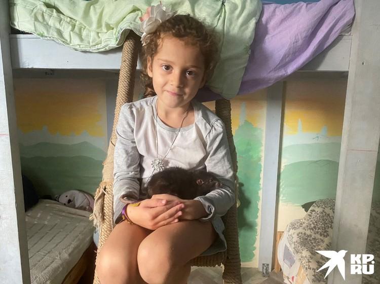 Белла родилась, когда ее мама сидела в СИЗО.