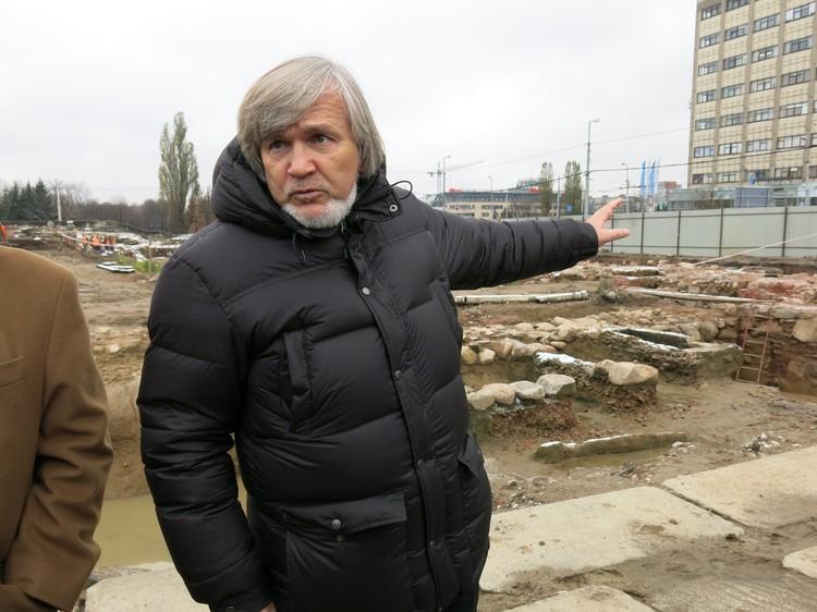 Александр Хохлов.