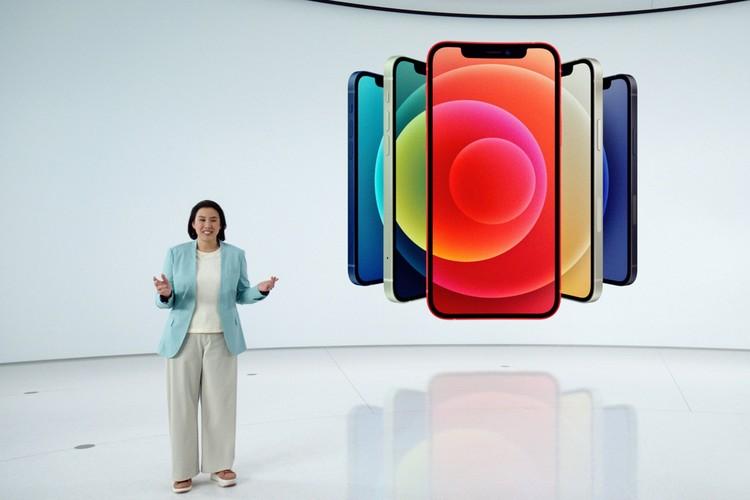 Новые Apple iPhone 12 забросили в сети нового поколения - 5G